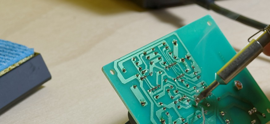 ElektrotechnikerIn (Mit Modulen)